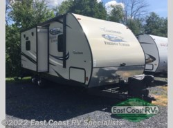 Used 2015  Coachmen Freedom Express 233RBS by Coachmen from East Coast RV Specialists in Bedford, PA