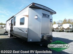 New 2016  Forest River Wildwood DLX 426-2B by Forest River from East Coast RV Specialists in Bedford, PA