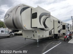 New 2017  Palomino Columbus 384RDC by Palomino from Parris RV in Murray, UT