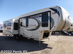 New 2017  Palomino Columbus Fifth Wheel 320RS by Palomino from Parris RV in Murray, UT