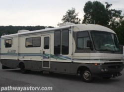Used 1995  Fleetwood Pace Arrow  by Fleetwood from Pathway Auto and RV LLC in Lenoir City, TN