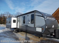 New 2017  Coachmen Catalina 333RETS by Coachmen from Friendship RV Inc. in Friendship, WI