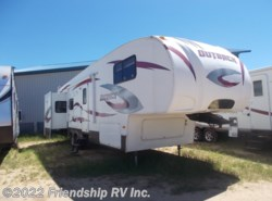 Used 2009 Keystone Outback Sydney Edition 321FRL available in Friendship, Wisconsin