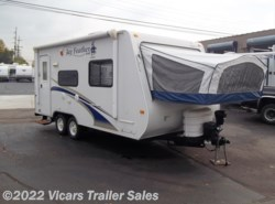 Used 2009  Jayco Jay Feather EXP 19 H by Jayco from Vicars Trailer Sales in Taylor, MI