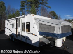 Used 2008  Dutchmen Aerolite 23BH by Dutchmen from Reines RV Center in Ashland, VA