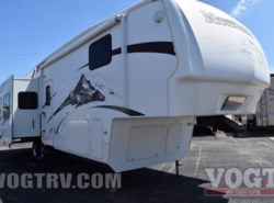 Used 2009  Keystone Montana 3465SA by Keystone from Vogt Family Fun Center  in Fort Worth, TX