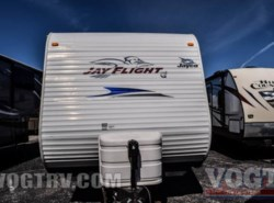 Used 2011  Jayco Jay Flight G2 32BHDS by Jayco from Vogt Family Fun Center  in Fort Worth, TX