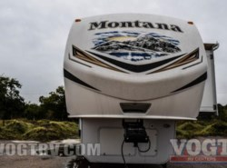 Used 2013  Keystone Montana 3100RL by Keystone from Vogt Family Fun Center  in Fort Worth, TX