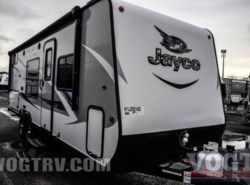 New 2017  Jayco Jay Feather 7 22BHM by Jayco from Vogt Family Fun Center  in Fort Worth, TX