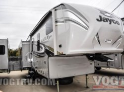 New 2017  Jayco Eagle HT Fifth Wheels 28.5RSTS by Jayco from Vogt Family Fun Center  in Fort Worth, TX