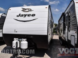 New 2017  Jayco Jay Flight SLX 32BDSW by Jayco from Vogt Family Fun Center  in Fort Worth, TX