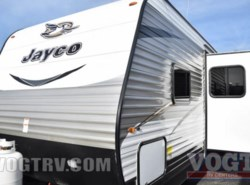 New 2017  Jayco Jay Flight 27BHS by Jayco from Vogt Family Fun Center  in Fort Worth, TX