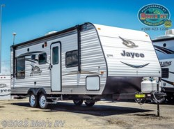 New 2017  Jayco Jay Flight SLX 212QBW by Jayco from Bish's RV Supercenter in Nampa, ID