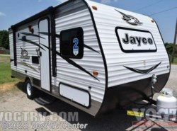 New 2017  Jayco Jay Flight SLX 174BH by Jayco from Vogt RV Center in Ft. Worth, TX