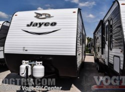 New 2017  Jayco Jay Flight SLX 32BDSW by Jayco from Vogt RV Center in Ft. Worth, TX