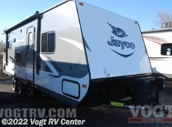 New 2016  Jayco Jay Feather 23RLSW by Jayco from Vogt RV Center in Ft. Worth, TX