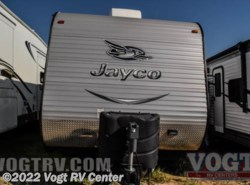 Used 2015  Jayco Jay Flight 28BHBE by Jayco from Vogt RV Center in Ft. Worth, TX