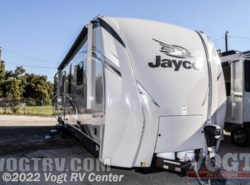New 2017  Jayco Eagle Travel Trailers 333BHOK by Jayco from Vogt RV Center in Ft. Worth, TX