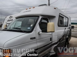 Used 2004  Chinook  Concourse by Chinook from Vogt RV Center in Ft. Worth, TX