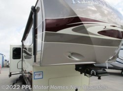 Used 2014  Thor  Redwood 38GK by Thor from PPL Motor Homes in New Braunfels, TX