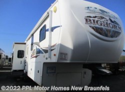 Used 2010  Heartland RV Bighorn 3670RL by Heartland RV from PPL Motor Homes in New Braunfels, TX