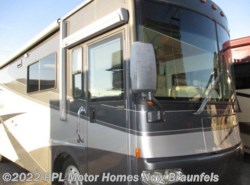 Used 2004  Itasca Meridian 32T by Itasca from PPL Motor Homes in New Braunfels, TX