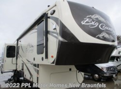 Used 2015  Heartland RV Big Country 3450TS by Heartland RV from PPL Motor Homes in New Braunfels, TX
