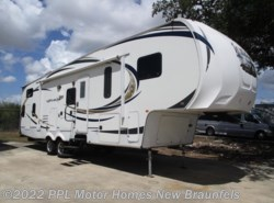 Used 2012 Forest River Wildcat eXtraLite 312BHX available in New Braunfels, Texas