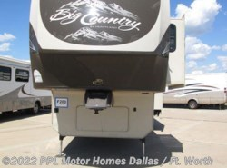 Used 2013  Heartland RV Big Country 3250TS by Heartland RV from PPL Motor Homes in Cleburne, TX