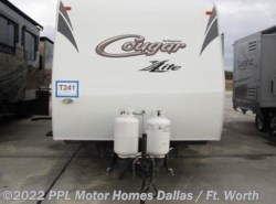 Used 2011  Keystone Cougar 31SQB by Keystone from PPL Motor Homes in Cleburne, TX