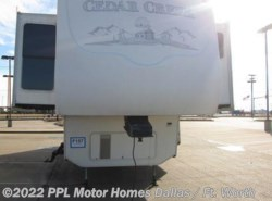 Used 2005  Forest River Cedar Creek 37FLQS by Forest River from PPL Motor Homes in Cleburne, TX