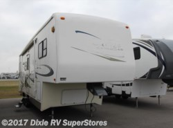 Used 2004  Carriage Cameo 32RL W/S by Carriage from Dixie RV SuperStores in Breaux Bridge, LA