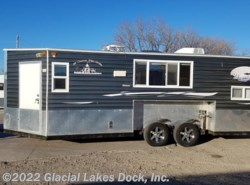 Used 2013  Ice Castle Lake of the Woods 8' x 20' Tandem by Ice Castle from Glacial Lakes Dock, Inc.  in Starbuck, MN
