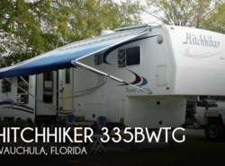 Used 2003  Nu-Wa Hitchhiker 335BWTG by Nu-Wa from POP RVs in Sarasota, FL