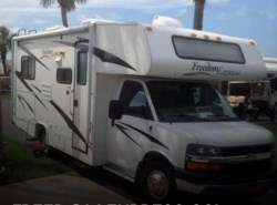 Used 2008  Coachmen Freedom Express FX21QB by Coachmen from POP RVs in Sarasota, FL