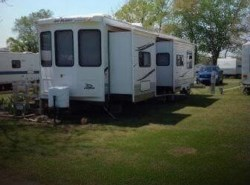 Used 2010  Jayco  Jayco 40 by Jayco from POP RVs in Sarasota, FL