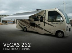 Used 2015  Thor Motor Coach Vegas 252 by Thor Motor Coach from POP RVs in Sarasota, FL
