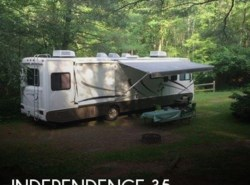 Used 2004  Gulf Stream Independence 35 by Gulf Stream from POP RVs in Sarasota, FL