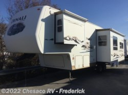 Used 2006  Dutchmen Denali 29RL by Dutchmen from Chesaco RV in Frederick, MD