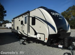 New 2017  CrossRoads Sunset Trail LITE SS289QB by CrossRoads from Courvelle's RV in Opelousas, LA