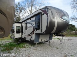 Used 2013  Palomino Columbus 320RS by Palomino from Courvelle's RV in Opelousas, LA