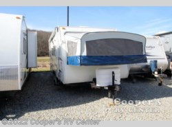 Used 2006  Dutchmen Aerolite 195 Cub Travel Trailer by Dutchmen from Cooper's RV Center in Apollo, PA