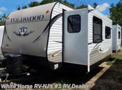 Used 2013  Forest River Wildwood 30FKBS Front Kitchen Double Slide King Bed by Forest River from White Horse RV Center in Egg Harbor City, NJ