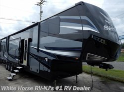 New 2018 Jayco Seismic 4212  Double Slideout w/11'6