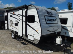 Used 2017 Jayco Jay Flight SLX 175RD Front Queen, Rear Dinette available in Williamstown, New Jersey
