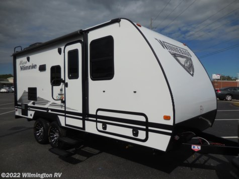 2019 Winnebago Micro Minnie 2106DS/Off Road Package