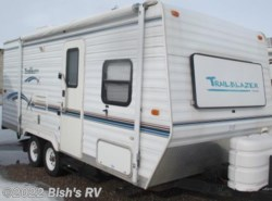 Used 2004  Komfort  KOMFORT M-20 by Komfort from Bish's RV Supercenter in Idaho Falls, ID
