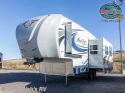 New 2017  Northwood Arctic Fox 27-5L by Northwood from Bish's RV Supercenter in Idaho Falls, ID