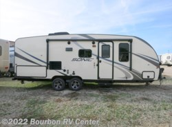 New 2017  Venture RV Sonic 220VRB by Venture RV from Bourbon RV Center in Bourbon, MO