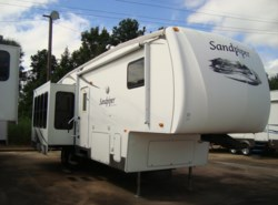 Used 2008  Forest River Sandpiper 295RLT by Forest River from Camperland Trailer Sales in Conroe, TX